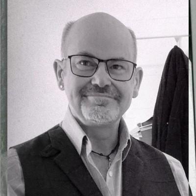 Ian Llewellyn-Nash